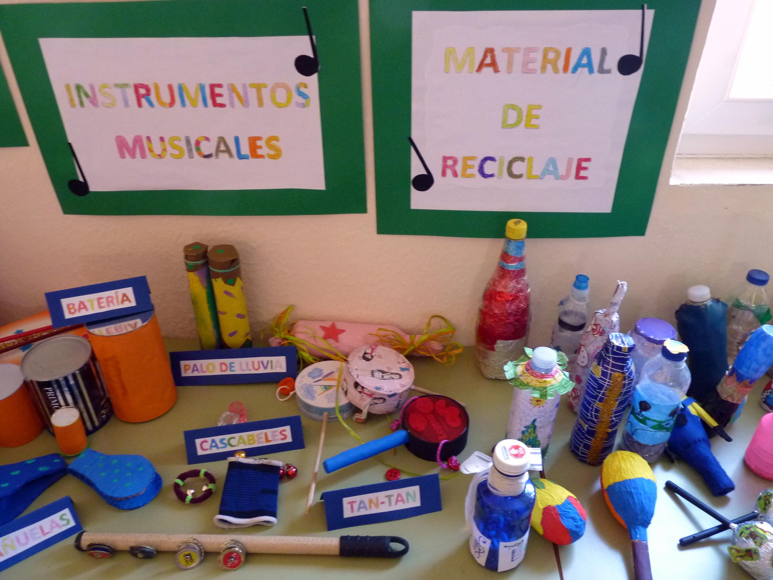 Exposición de Instrumentos Musicales Realizados con Materiales de Reciclaje  | CEIP Nuestra Señora de la Encarnación, Carrión de Calatrava (Ciudad Real)